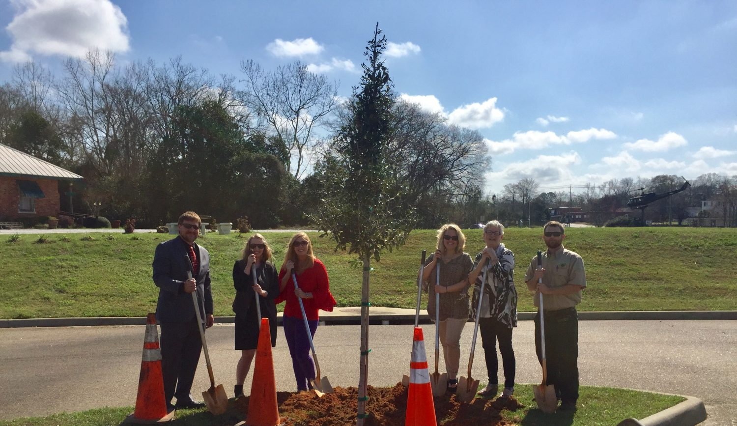 WMA receives oak tree during Arbor Day celebration